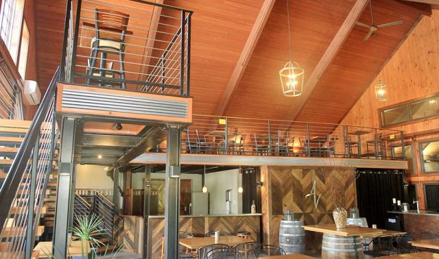 Anyela's Vineyards - Mezzanine